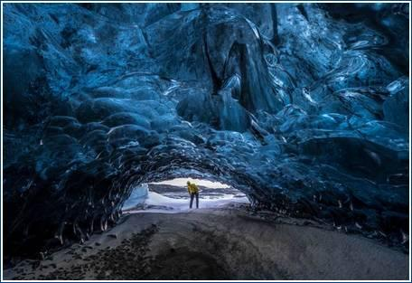01 Ice Cave Of Iceland