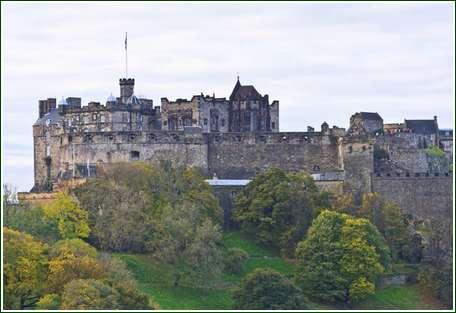 10 Edinburgh Castle
